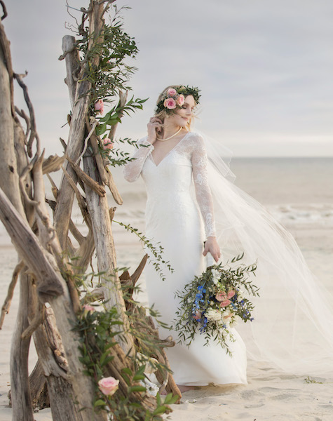 Emerald Isle wedding details, driftwood arbor, Crystal Coast